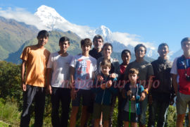 Family Lodge Trek